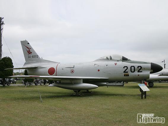 F 86 (戦闘機)の画像 p1_21