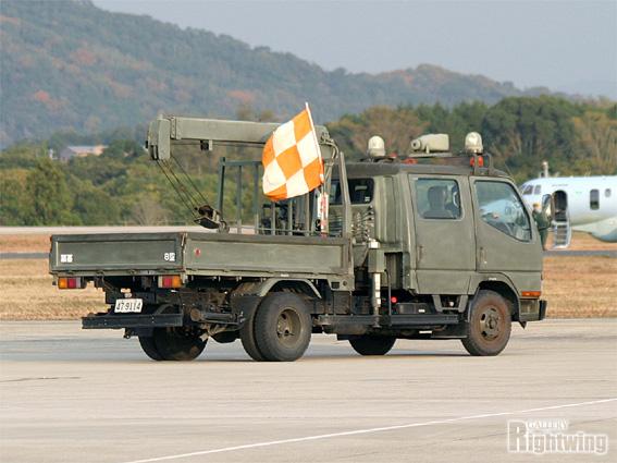 Barricade Vehicle Tractors : バリヤ作業車