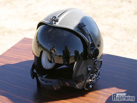 航空用ヘルメット