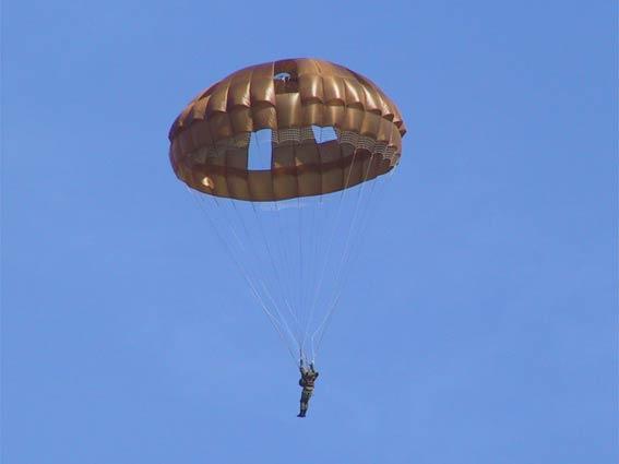 空挺傘 696M1