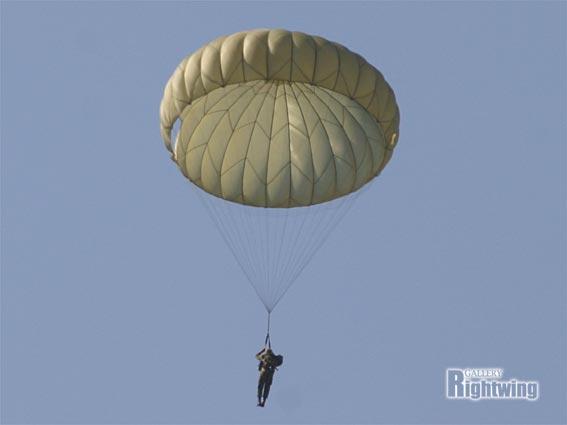 60式 空挺傘