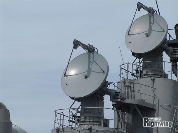 http://rightwing.sakura.ne.jp/equipment/jmsdf/shipparts/com.rador/an-spg-51c/an-spg-51c_03.jpg