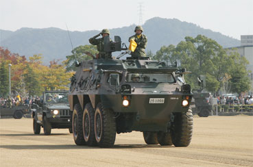 陸上自衛隊 姫路駐屯地 創立56周...