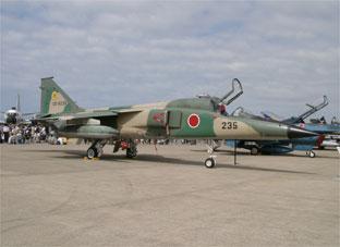 F 8 (戦闘機)の画像 p1_7